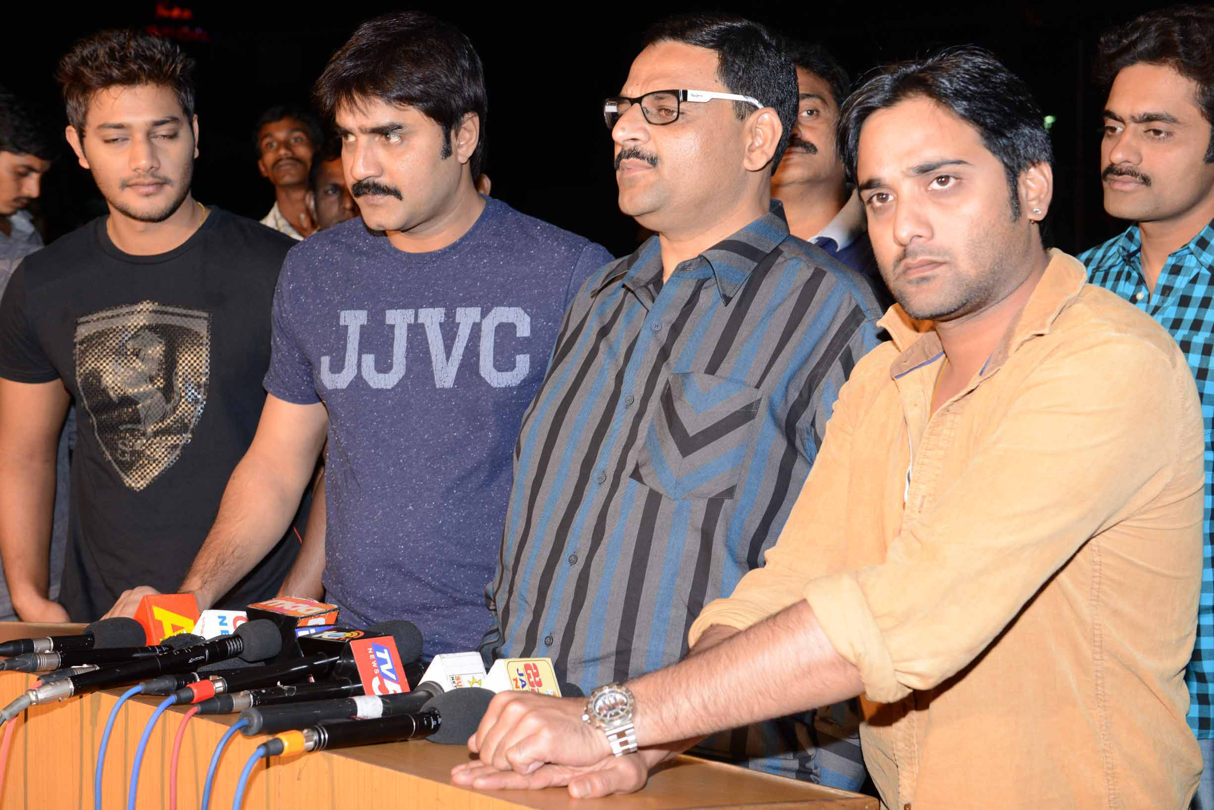 Tollywood CCC  Teem Blood Donate at ChirangeeviBloodBank (4)