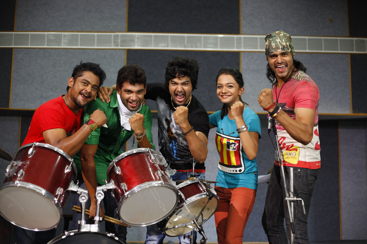 Music magic stills (14)